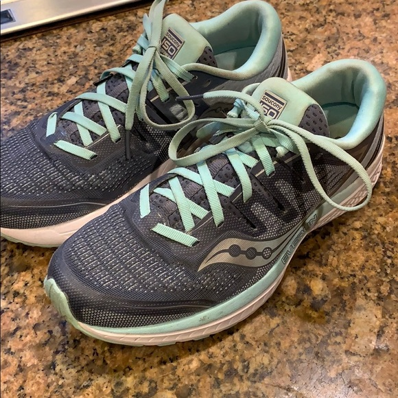 Saucony Shoes   Iso Everun Tennis